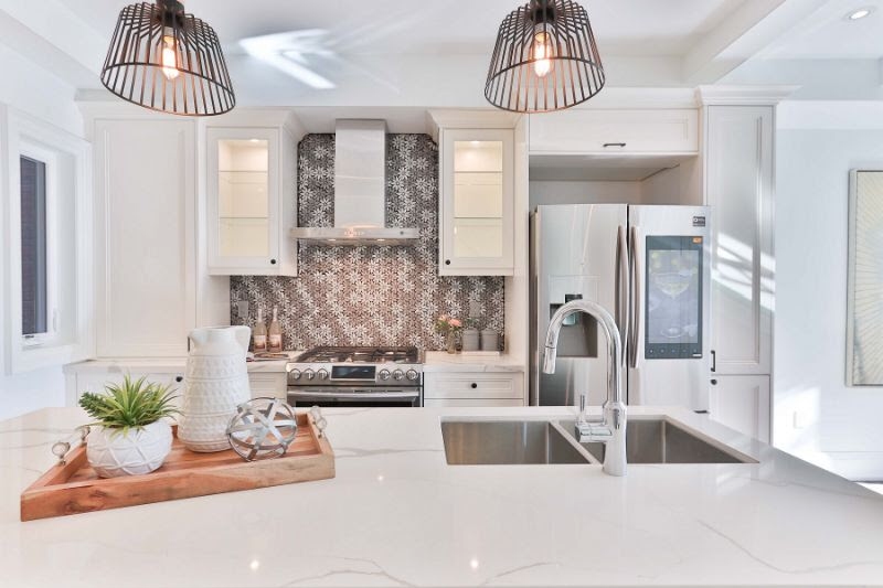 White Kitchen with Tile Backsplash.PNG