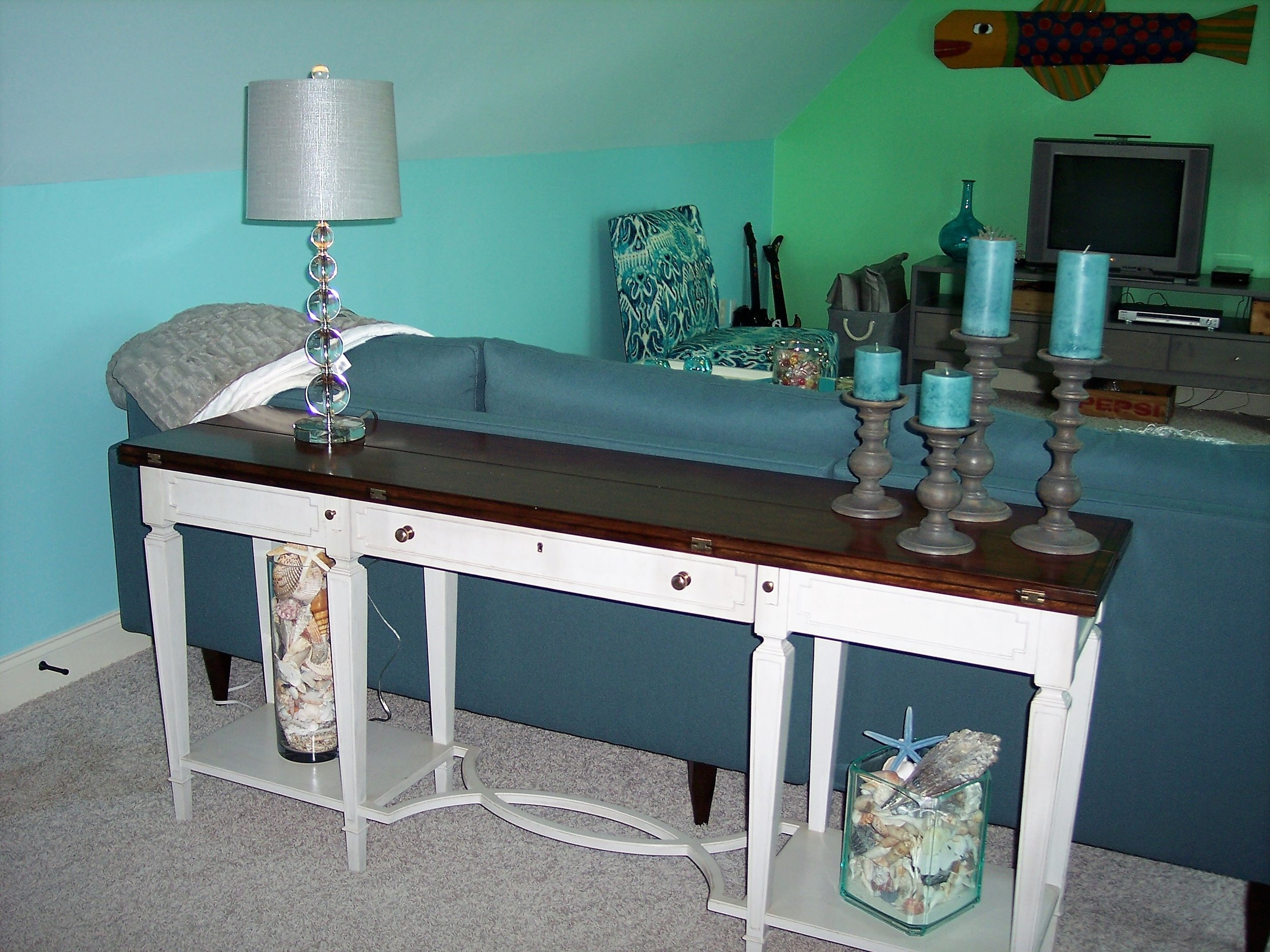 bk-designs-atlanta-where-to-find-local-homegoods-family-room.png