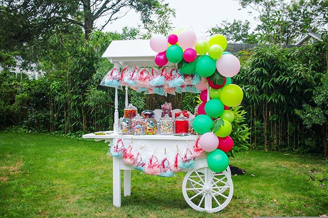 Shots of our Luau-themed Candy Cart 🍬 • Thank you Laura Kim for letting us be a part of your special reunion party ❤️ • Check out our website or call us for more info about renting this SWEET Cart! 😁