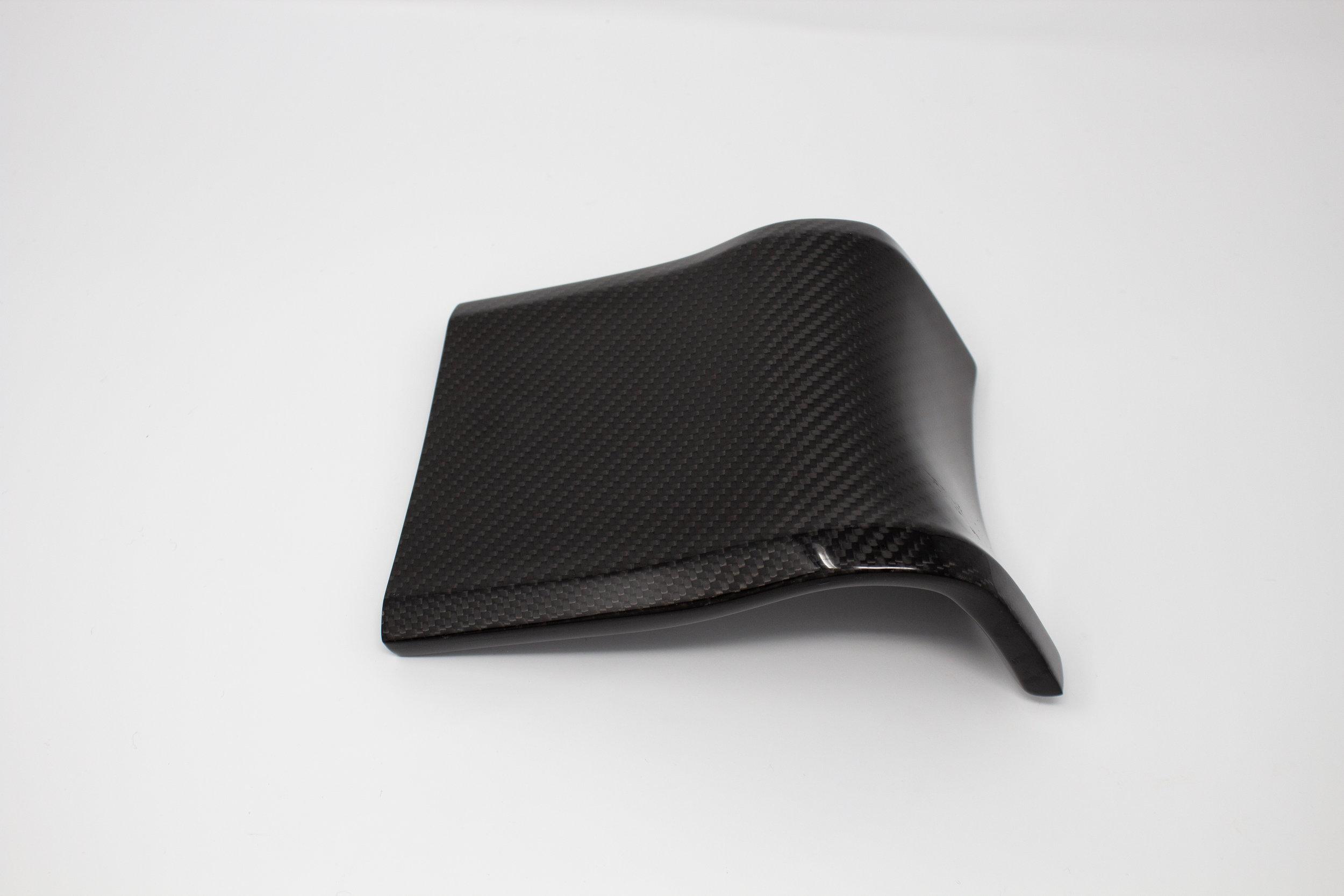 ford-carbon-fiber-door-trim-2.jpg