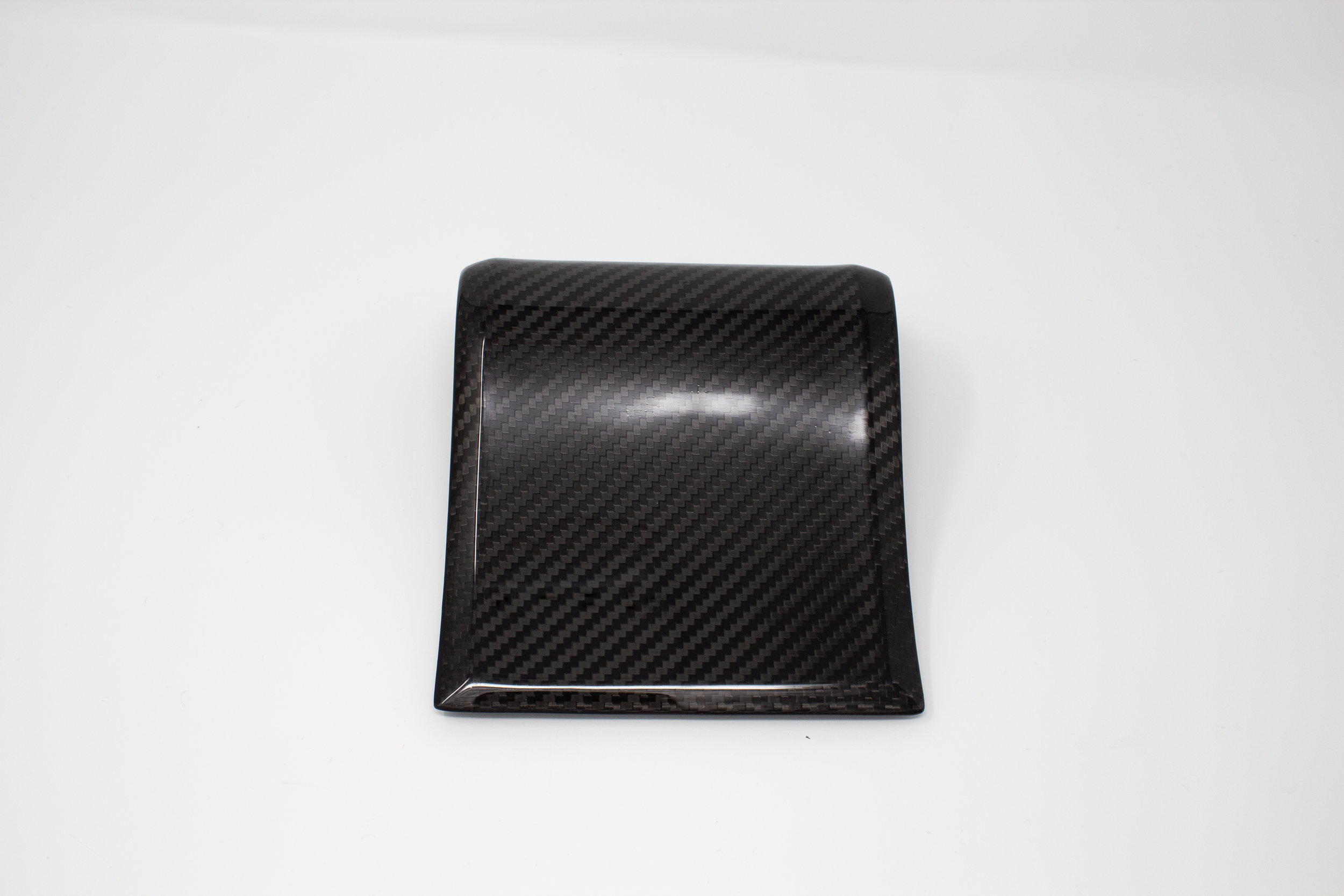 ford-carbon-fiber-door-trim-5.jpg