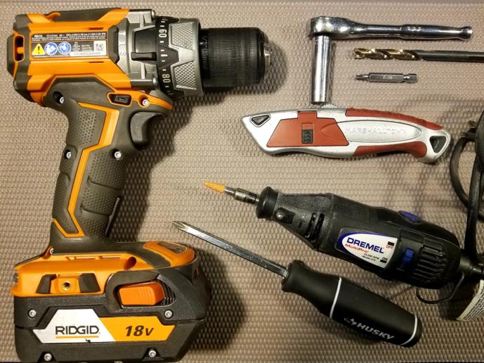 f-line-door-insert-installation-tools.png