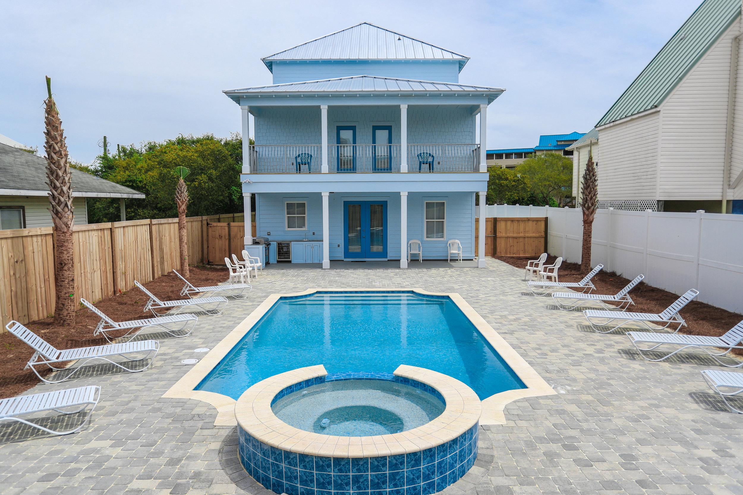 Backyard Deck, Pool, & Spa