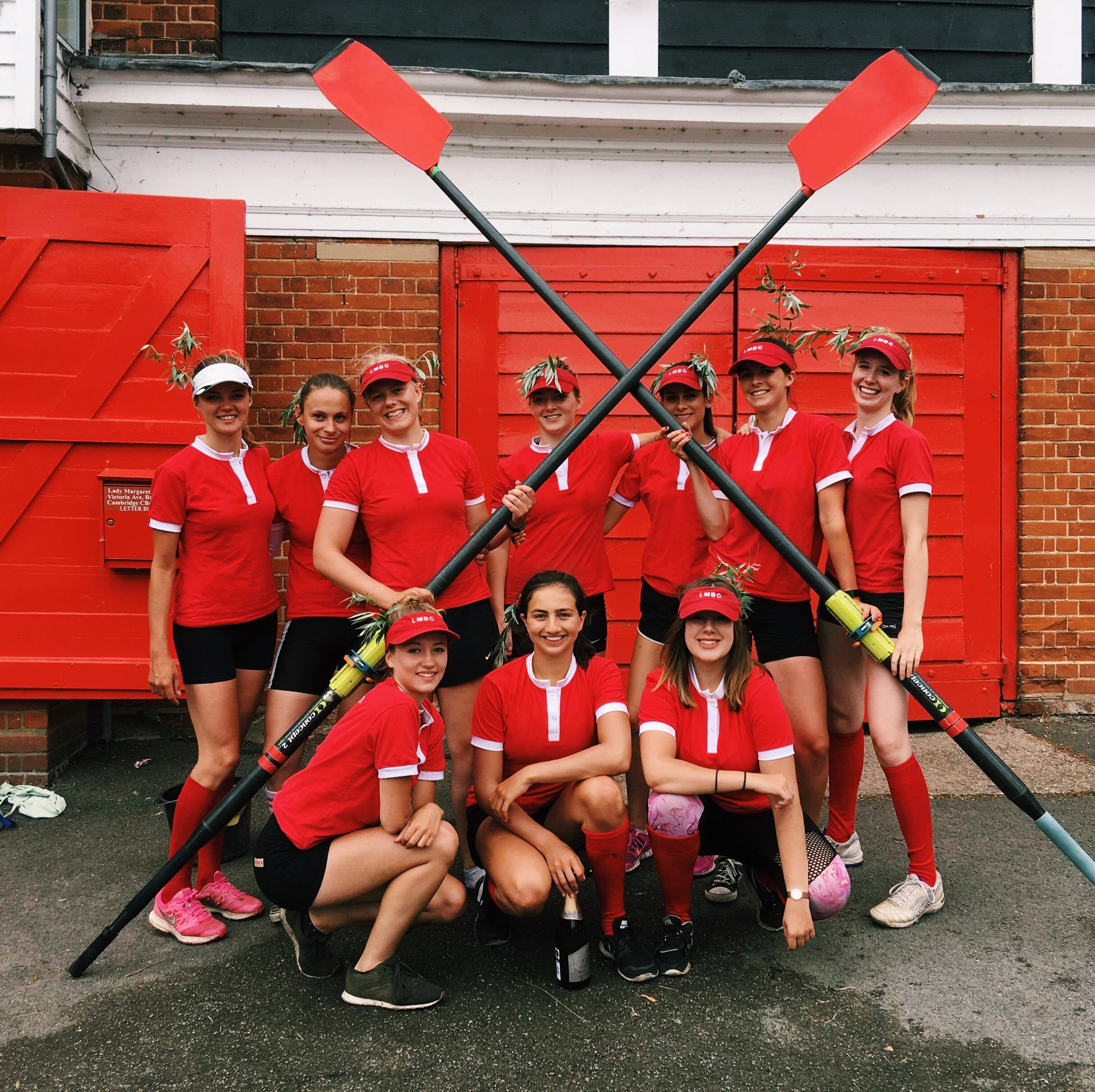 The W2 Mays 2018 Crew with 7 girls who learnt to row at LMBC, 4 of which noviced in Michaelmas 2017.