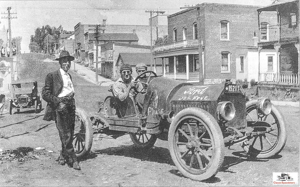 "1914 ""cutdown"" speedster courtesy  Antique Automobile."