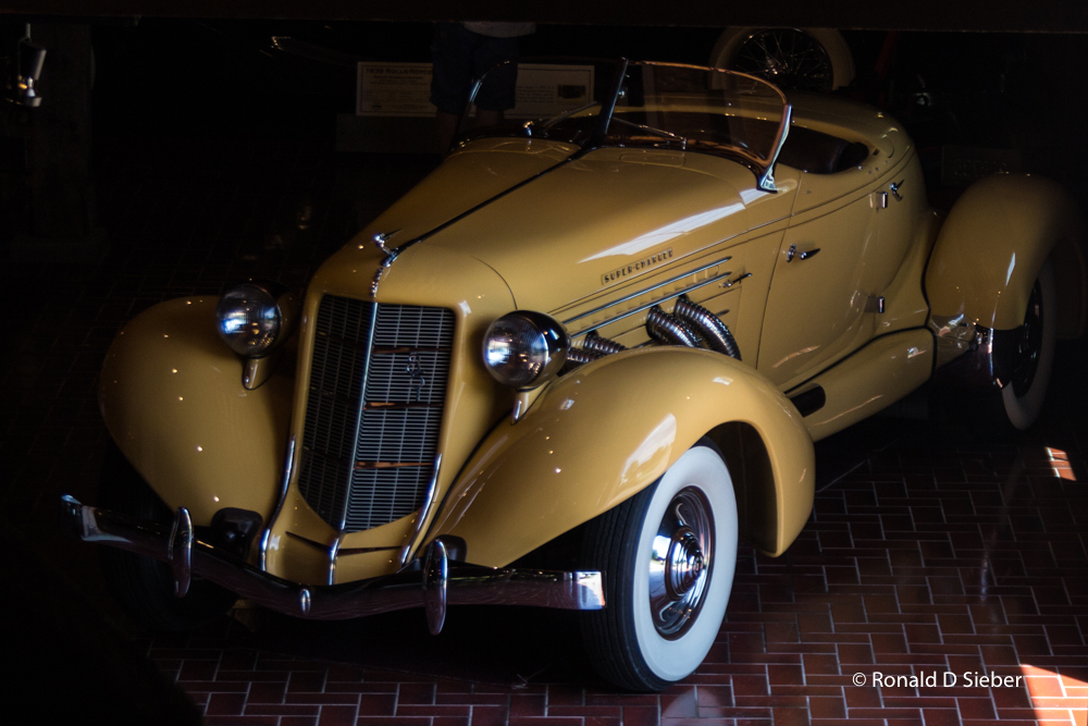 1935 Auburn 851 Speedster, Gilmore Car Museum 2017.