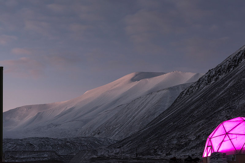 Last light on Platåbreen  at the start of the new dark season in November, 2018, with the Polar Permaculture greenhouse.