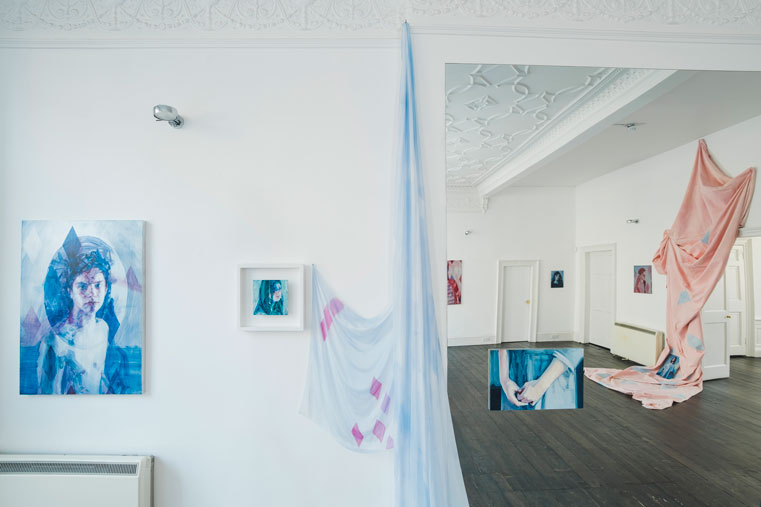Casper White , And You Danced, Arusha Gallery, (Installation View). (Photo: © John Sinclair, courtesy Arusha Gallery)