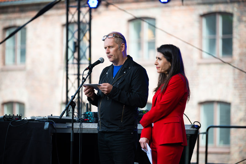 Curators, Per Gunnar & Eva González-Sancho Bodero  during osloBIENNALEN's opening weekend (Photo: Niklas Hart , courtesy osloBIENNALEN, © Niklas-Hart)