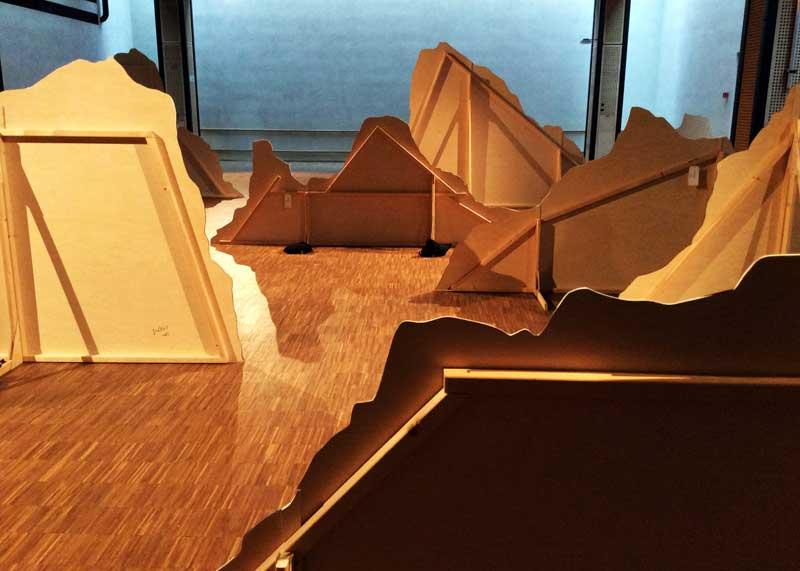 Ragnar Kjartansson ,  Nur wer die Sehnsucht,  Installation View of 'Ragnar Kjartansson - Nøkur verk', (Photo: Kinna Poulsen)