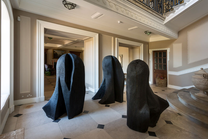David Nash ,  Three Knobbers , installed at Marchmont House. Photo: Colin Hattersley