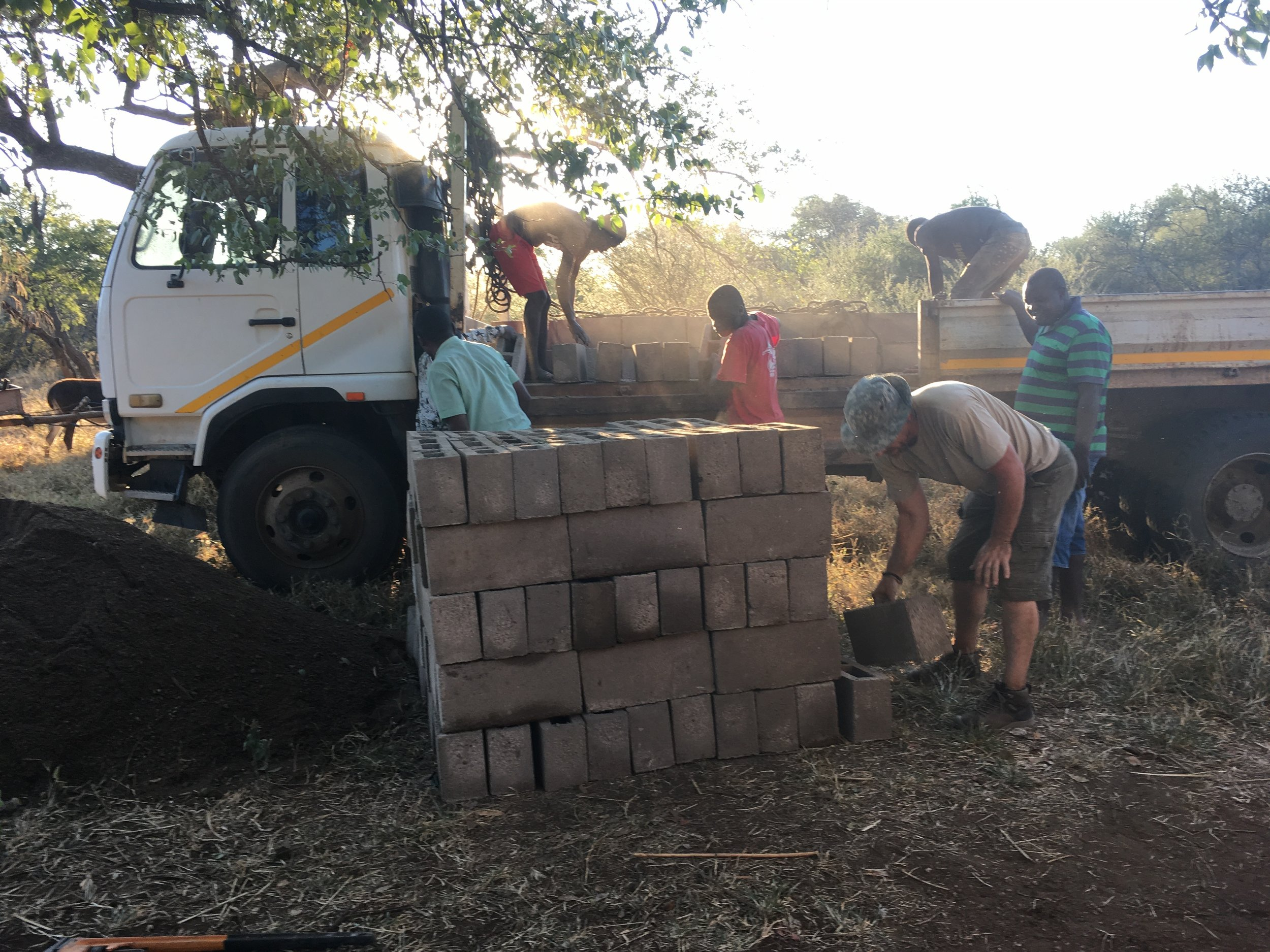 Zimbabwe Clinic Water Pipeline Construction