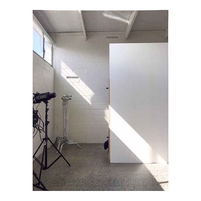 Afternoon light. . . . #sunmertime  #warehouse #studio #photographystudio #architecture #building #architexture #urban #design #minimal #architecturelovers #archidaily #perspective #space #creativespace #auckland #kingsland #newzealand #nzphotographer #stylist #shadow #lightplay #shadowhunters #light #sun