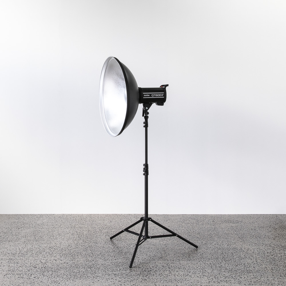 beauty dish 60cm - $25.00 + GST | 1 Available