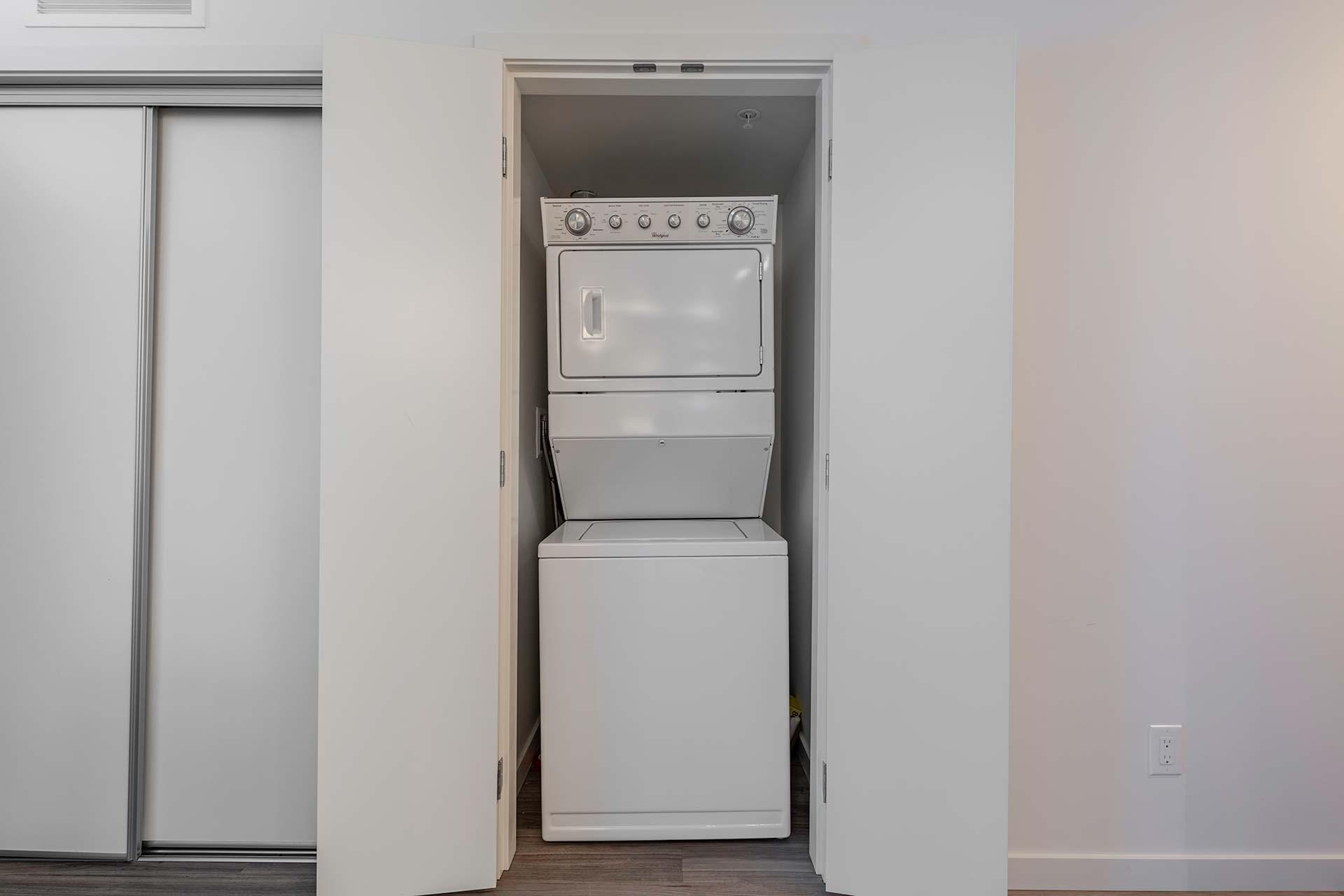 775-academy-way-u-three-ubco-kelowna-investment-property-laundry.Jpg