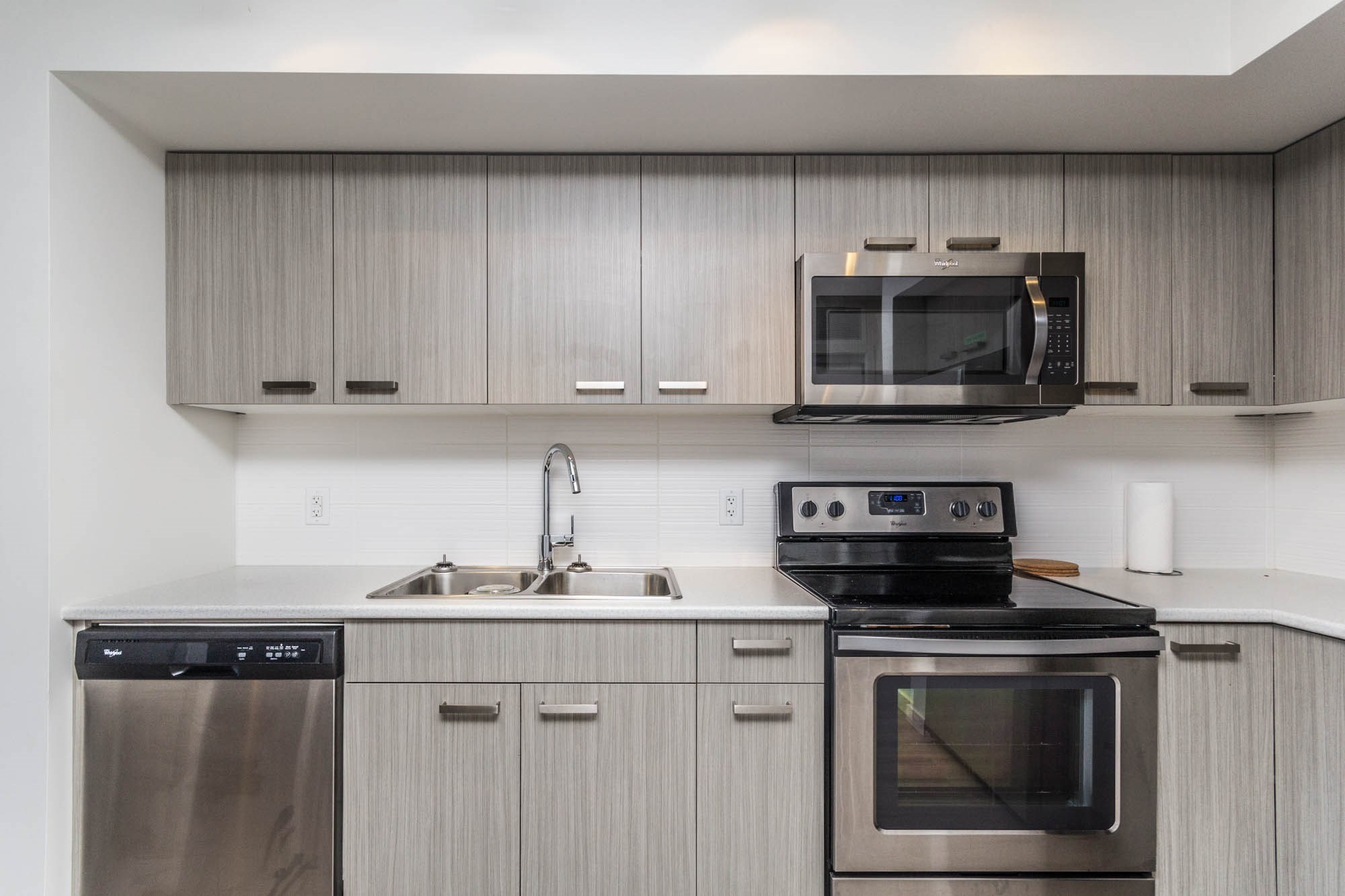 775-academy-way-u-three-ubco-kelowna-investment-property-kitchen-4.Jpg