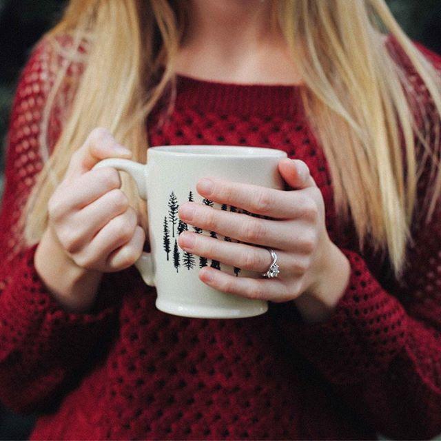 You'll always find me with a mug in hand 🍵 . . . #youandme #tea #tealovers #ilovetea #teaholic #timefortea #teatime #tealife #teaaddict #teaparty #teadrinker #cuppatea #mug