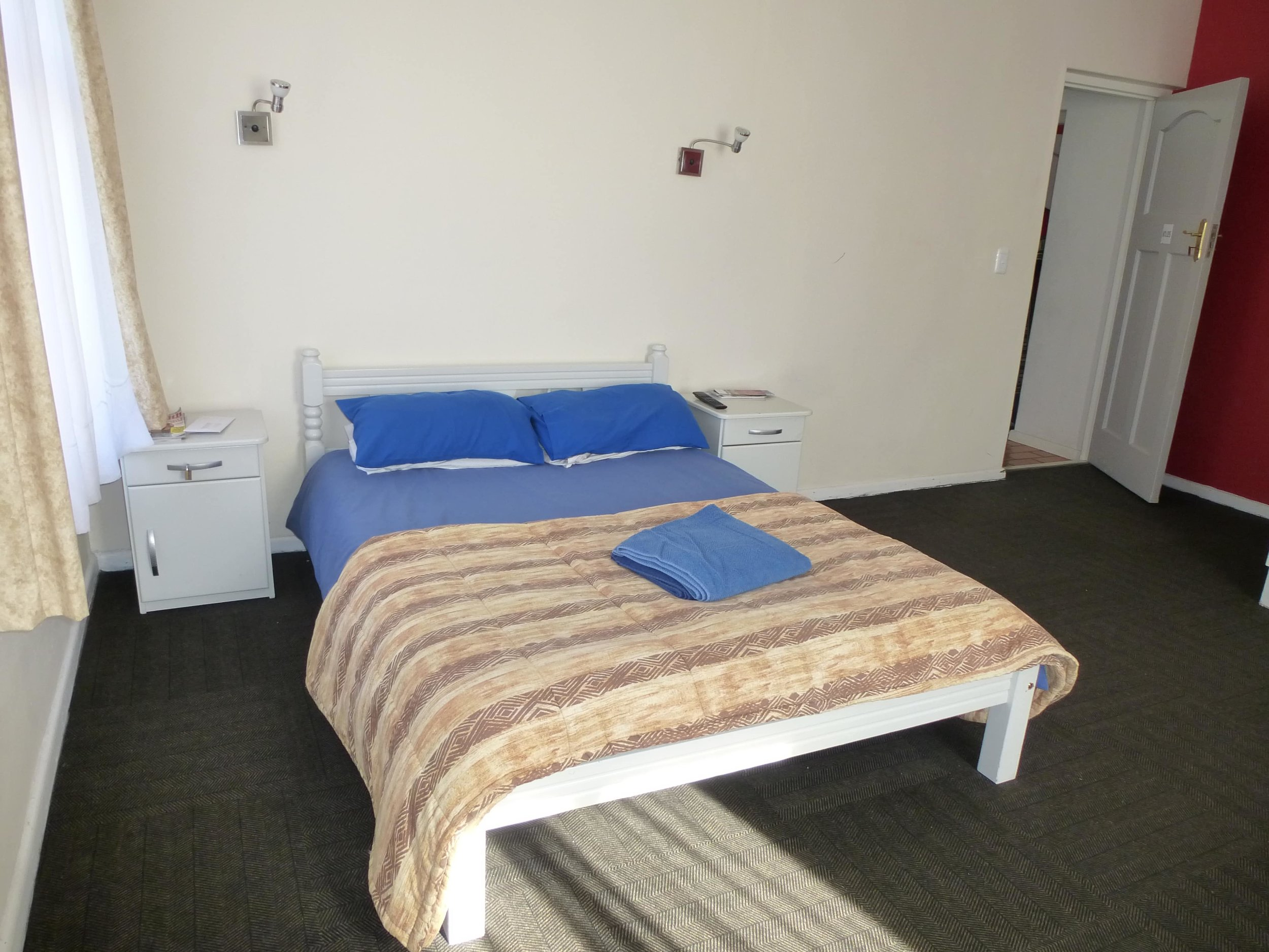 LAL-CPT-Accommodation-On-site-single-002-min.JPG