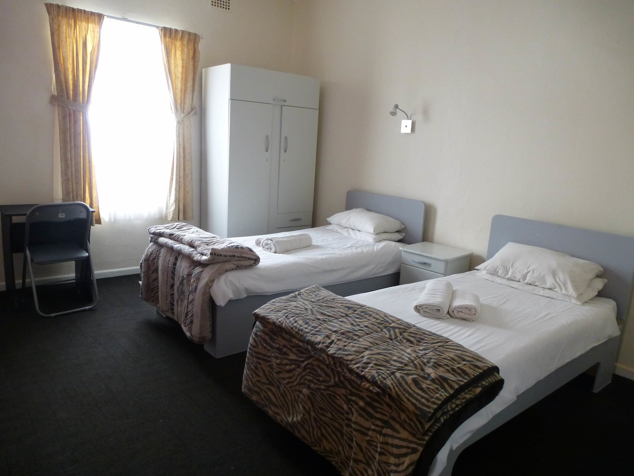 LAL-CPT-Accommodation-On-site-Twin-004-min.JPG