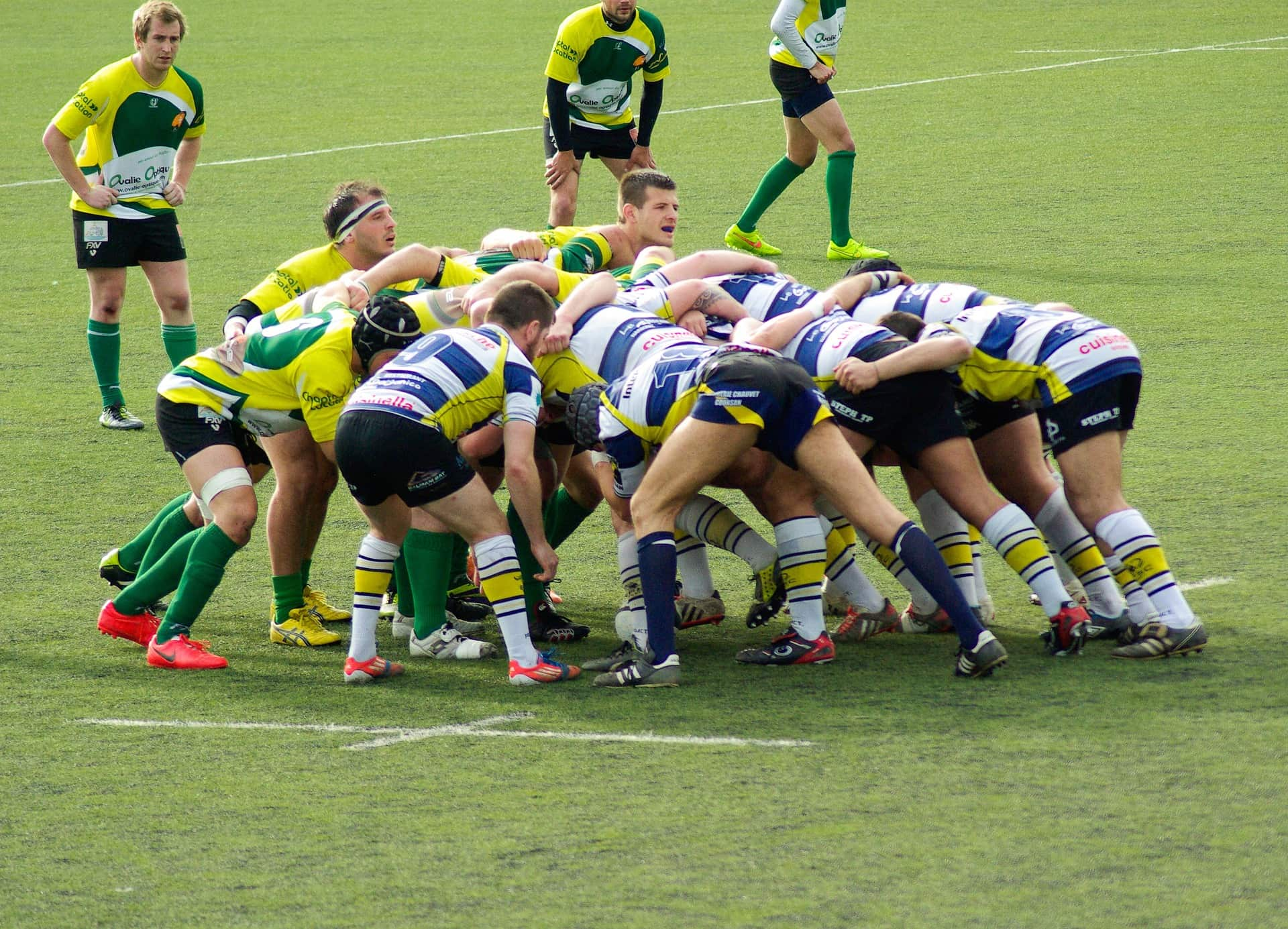 rugby-655016_1920-min.jpg