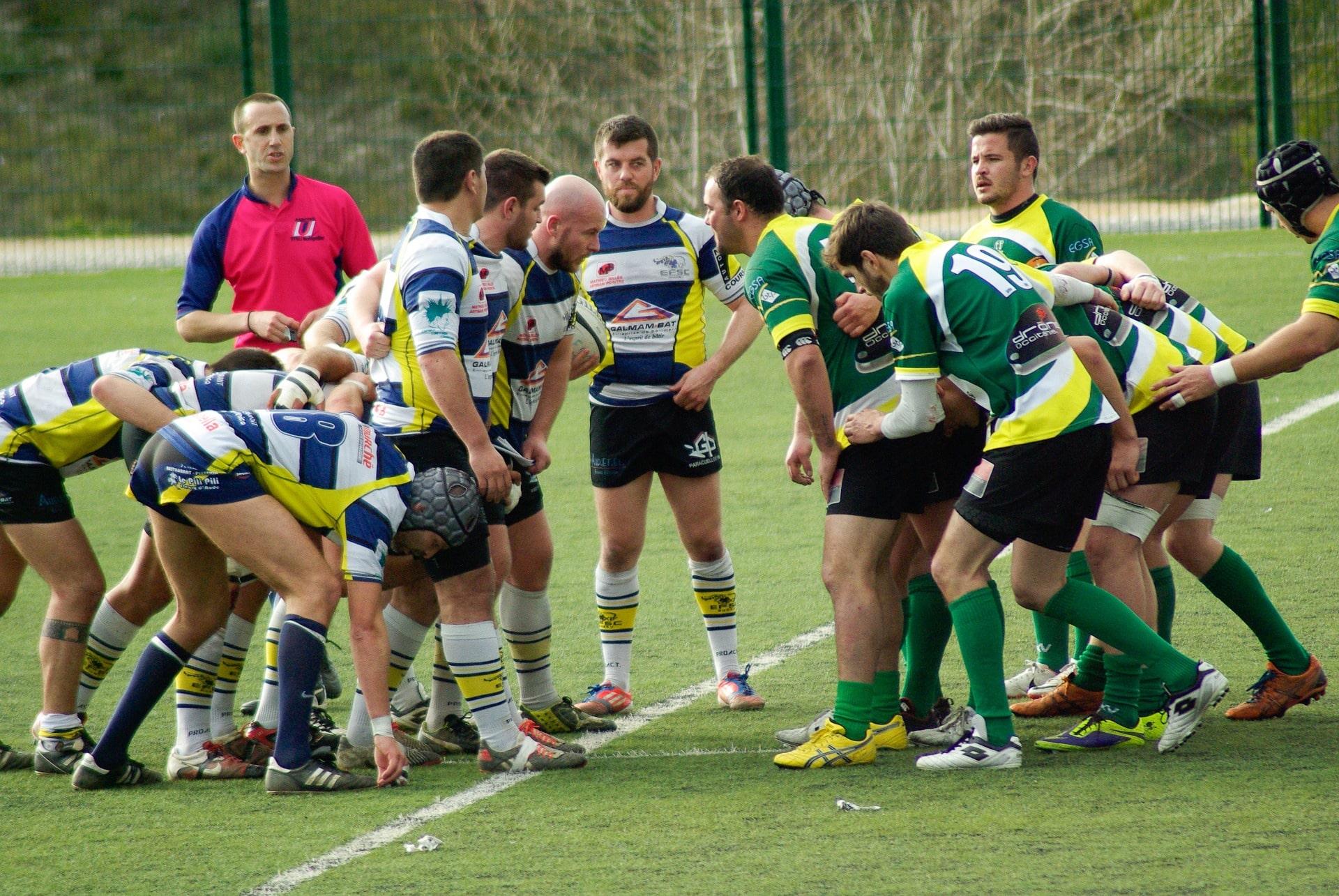 rugby-655036_1920-min.jpg