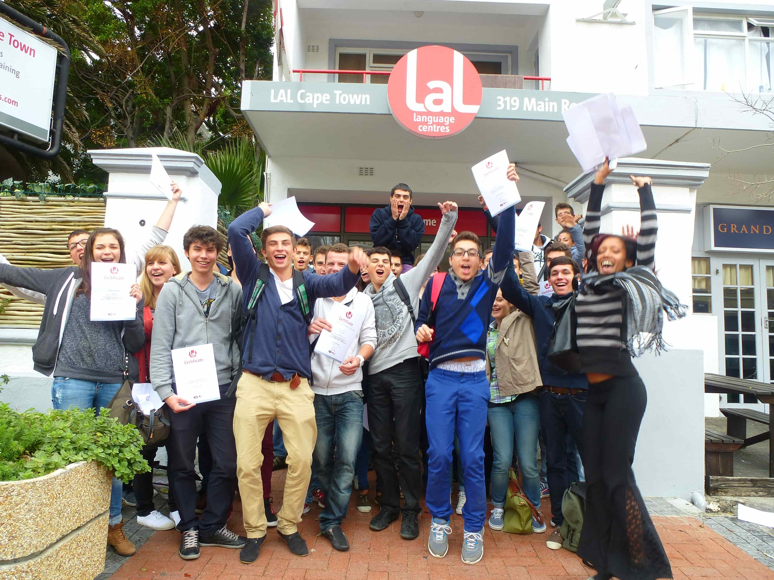 LAL-CPT-YL-School-Group-photo-2-min.JPG