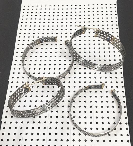 hoop earrings1.jpg