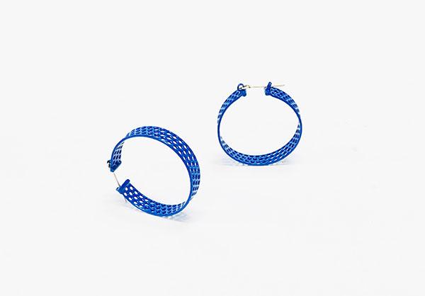 blue hoops.jpg