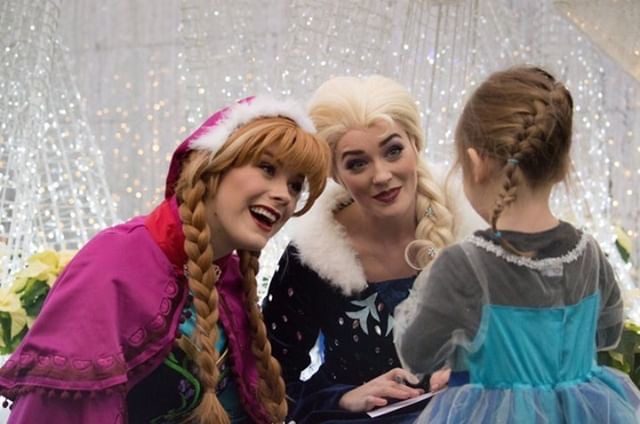 Elsa and Anna at Glow Edmonton