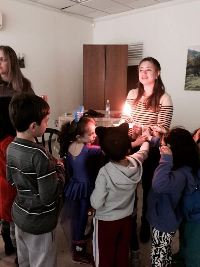 מסורת ותרבות בת זמנו נפגשים בלימוד, תפילה, חגים, טקסי מעגל החיים, פעילות לילדים, ויוזמות לתיקון עולם - רבה סטייסי בלנק