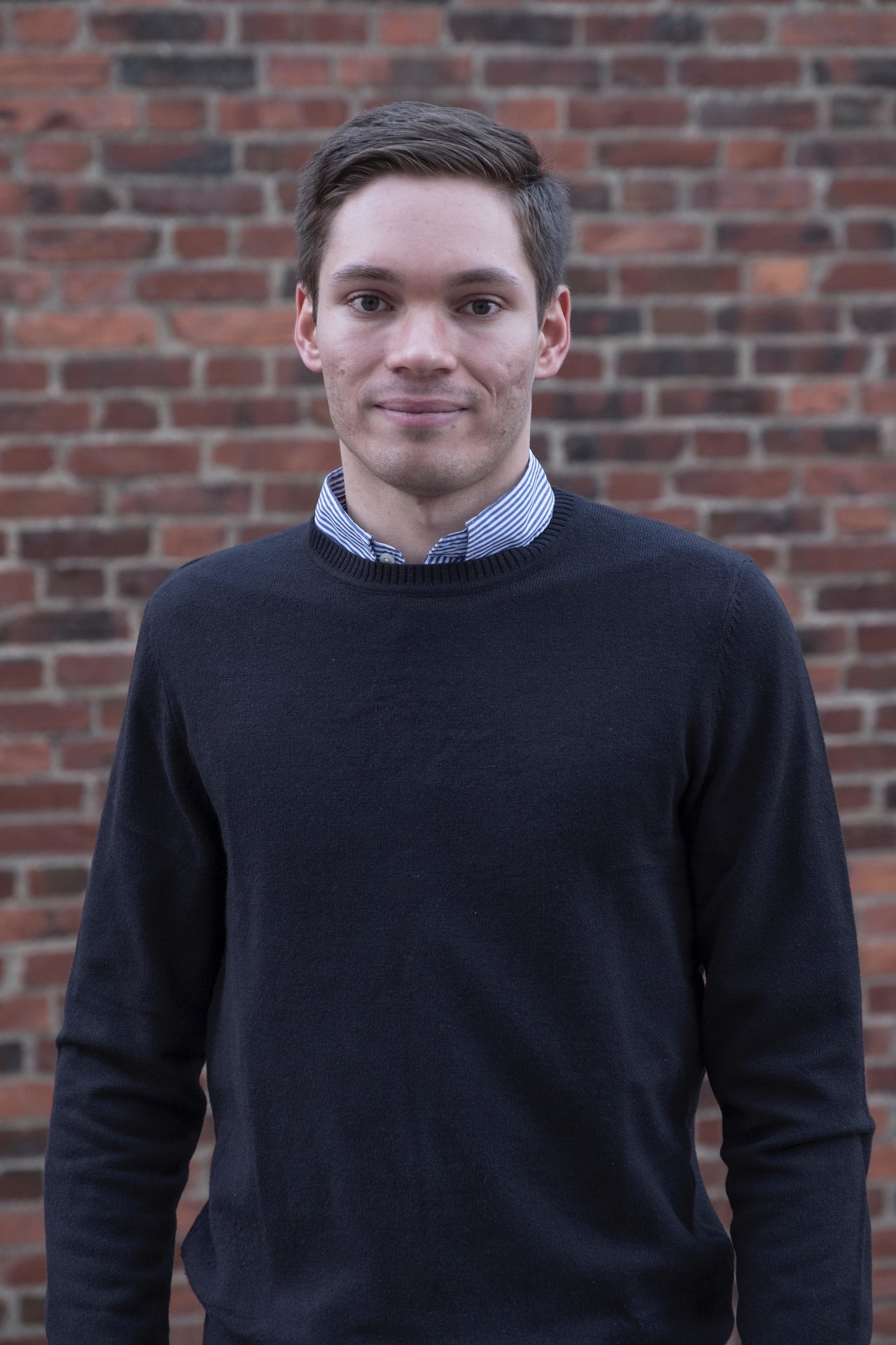 Tobias Estreen - • Interest in floorball and golf, with the goal of reaching scratch handicap in 2019.• Pursuing a Masters Degree in Engineering Physics, major in Machine Learning and Artificial Intelligence at KTH.• Previous experience in front-end development, back-end development and data analysis.• Passionate about big data and machine learning and how it can be used to create value for both customers and organizations.