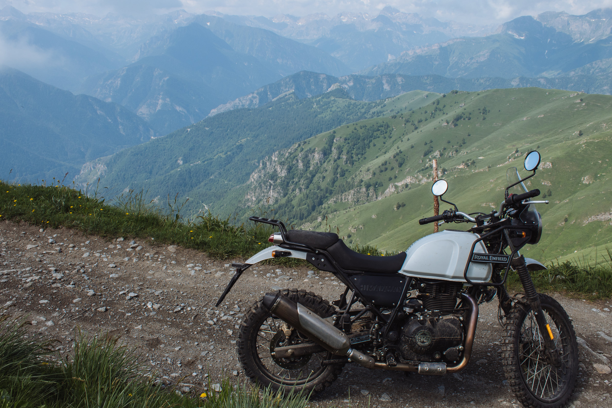 Panoramic views with the Himalayan