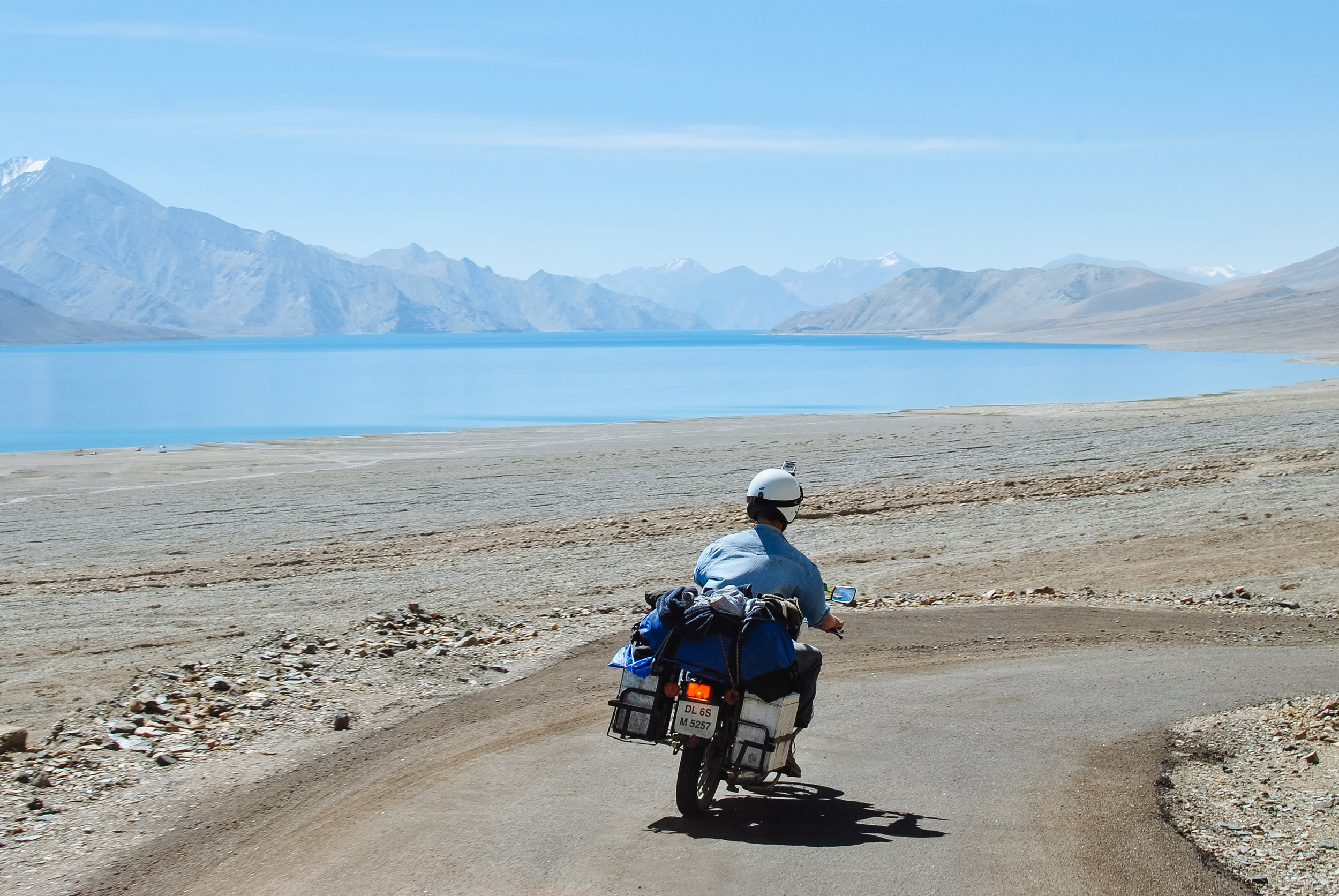 Dave descending to Pangong Lake