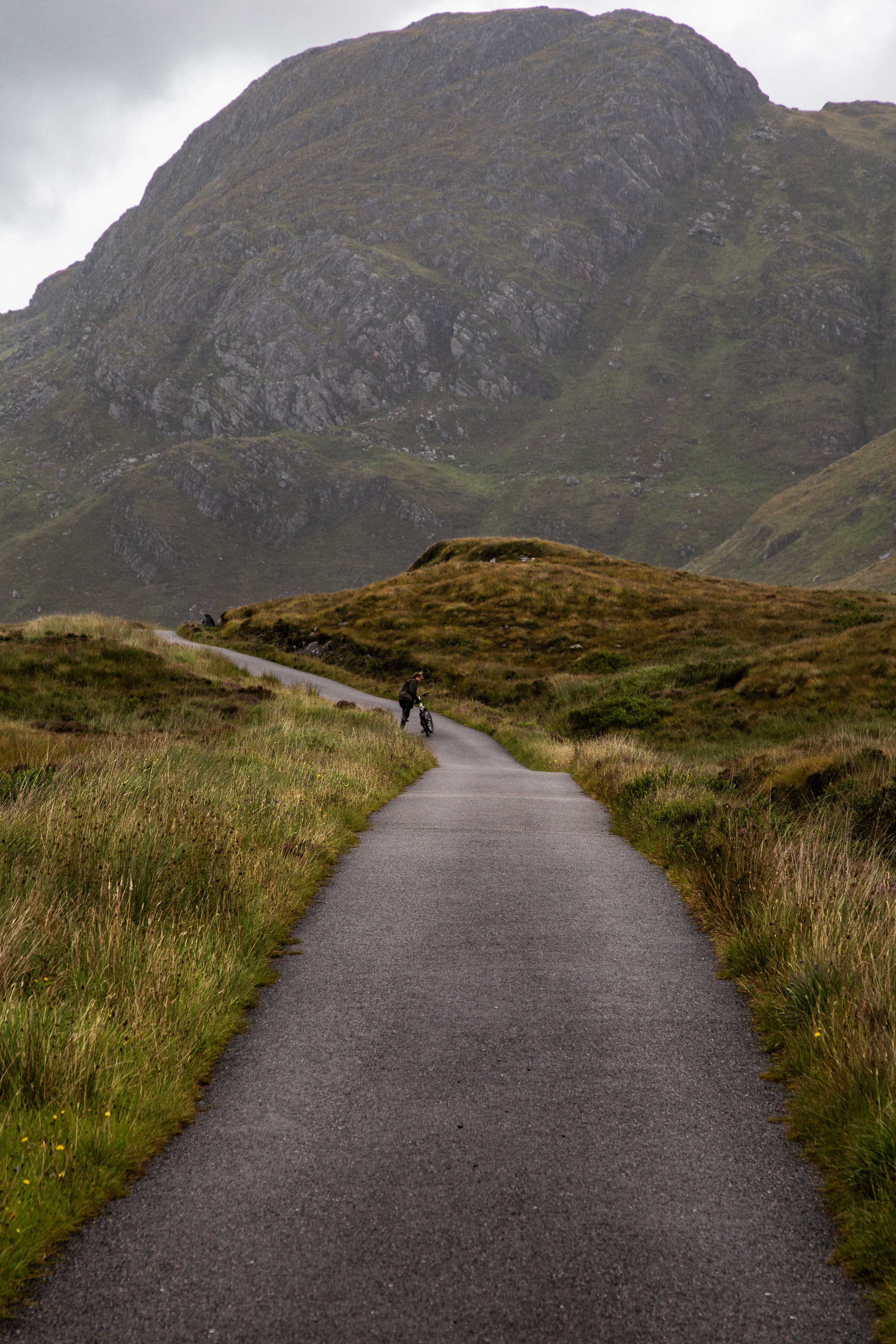 Cycling the road to Airor, a tiny hamlet on the northern coast of Knoydart