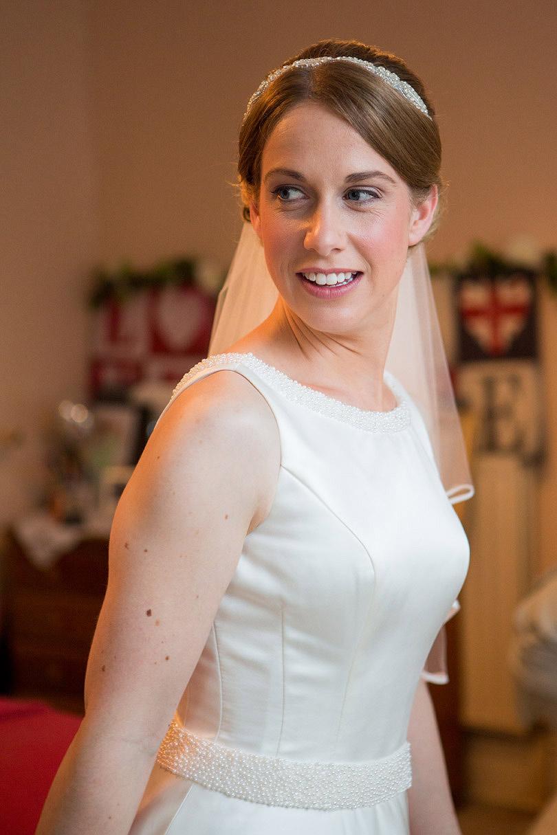 Hampton-Court-House-Wedding-AmyPete-06.jpg
