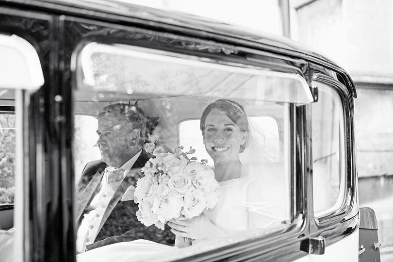 Hampton-Court-House-Wedding-AmyPete-12.jpg