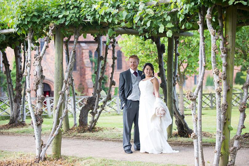 E&R_Hatfield-House-Wedding_13.jpg