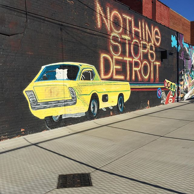 On the #Detroit episode of the podcast, we talk about easy ways to earn points and miles without flying, then we discuss Detroit-style pizza, Middle Eastern food, urban agriculture, pie, and much more! Link in bio. . #food #travel #detroit #puremichigan #pizza #foodbeast #buzzfeast #detroitfood #eatdetroit #podcast