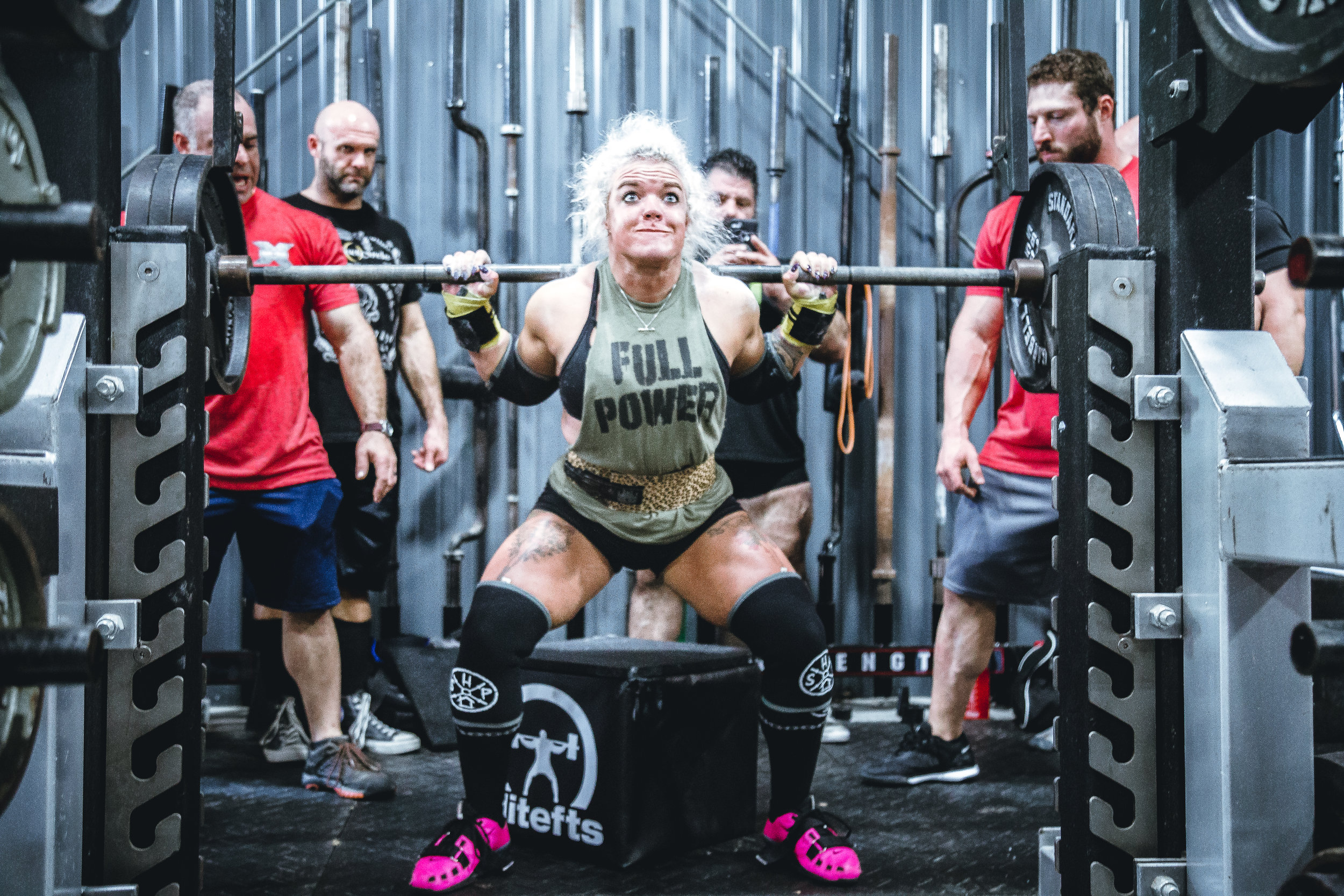 WHY DO EXPERTS SAY WE SHOULD LIFT WEIGHTS?