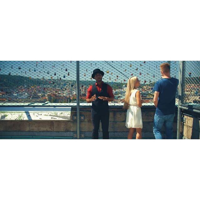 throwback: shot aus dem musikvideo für @enyermarte /// directed by @barneyelo / dp @mariuskania_ #musicvideo #production #work #film