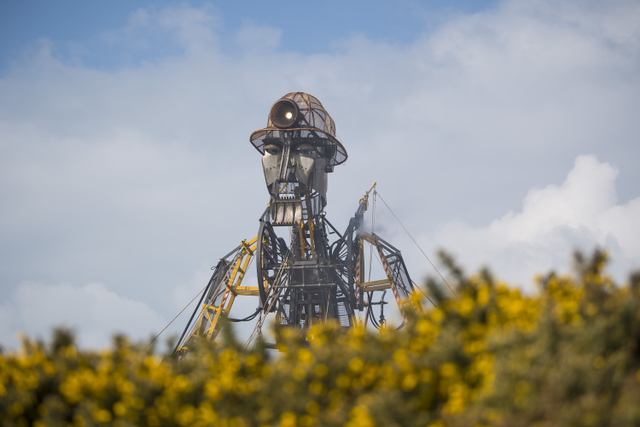 � Licensed to London News Pictures. 31/03/201. GEEVOR TIN MINE, CORNWALL. UK. Man Engine resurrection Tour started with the first live performances to the public at Geevor Tin Mine in West Cornwall.  Photo credit: MARK HEMSWORTH/LNP