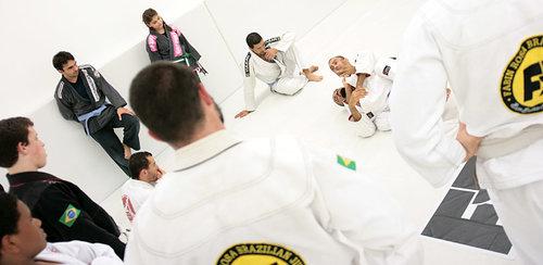 coaches_instruction_jiu_jitsu.jpg