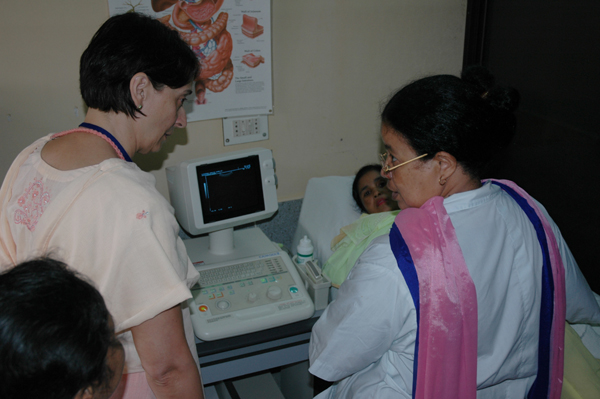 Dr. Kathy and Dr. Justine discuss an ultrasound