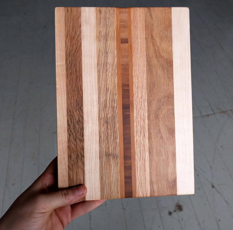 Hardwood-Remnant-Cutting-Board-2.jpg