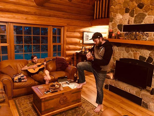 Cabin concerts are the best!