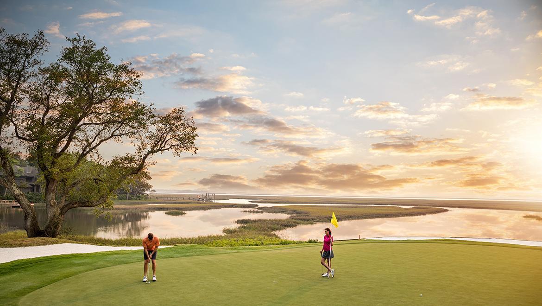 aiprst-omni-amelia-island-plantation-resort-golf-marsh-couple.jpg