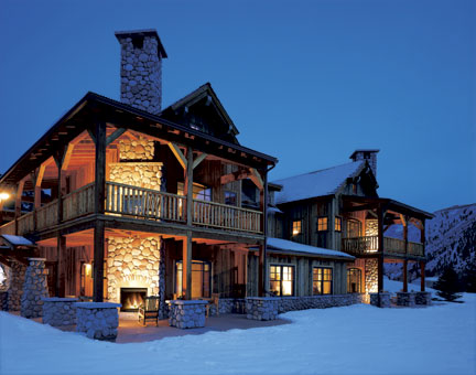 SUITES_exterior-winter.jpg