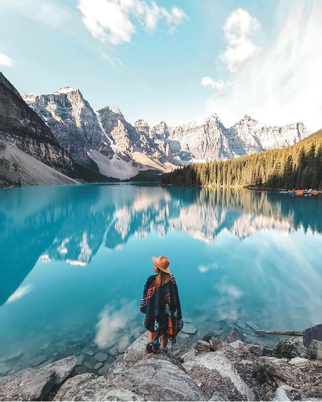 📍Alberta, Canada 🇨🇦 featuring @ameliegiada #TravelDreamSeekers ✨