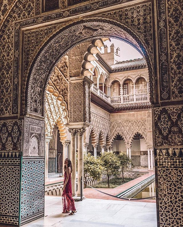📍Seville, Spain 🇪🇸 featuring @sillylittlekiwi #TravelDreamSeekers ✨