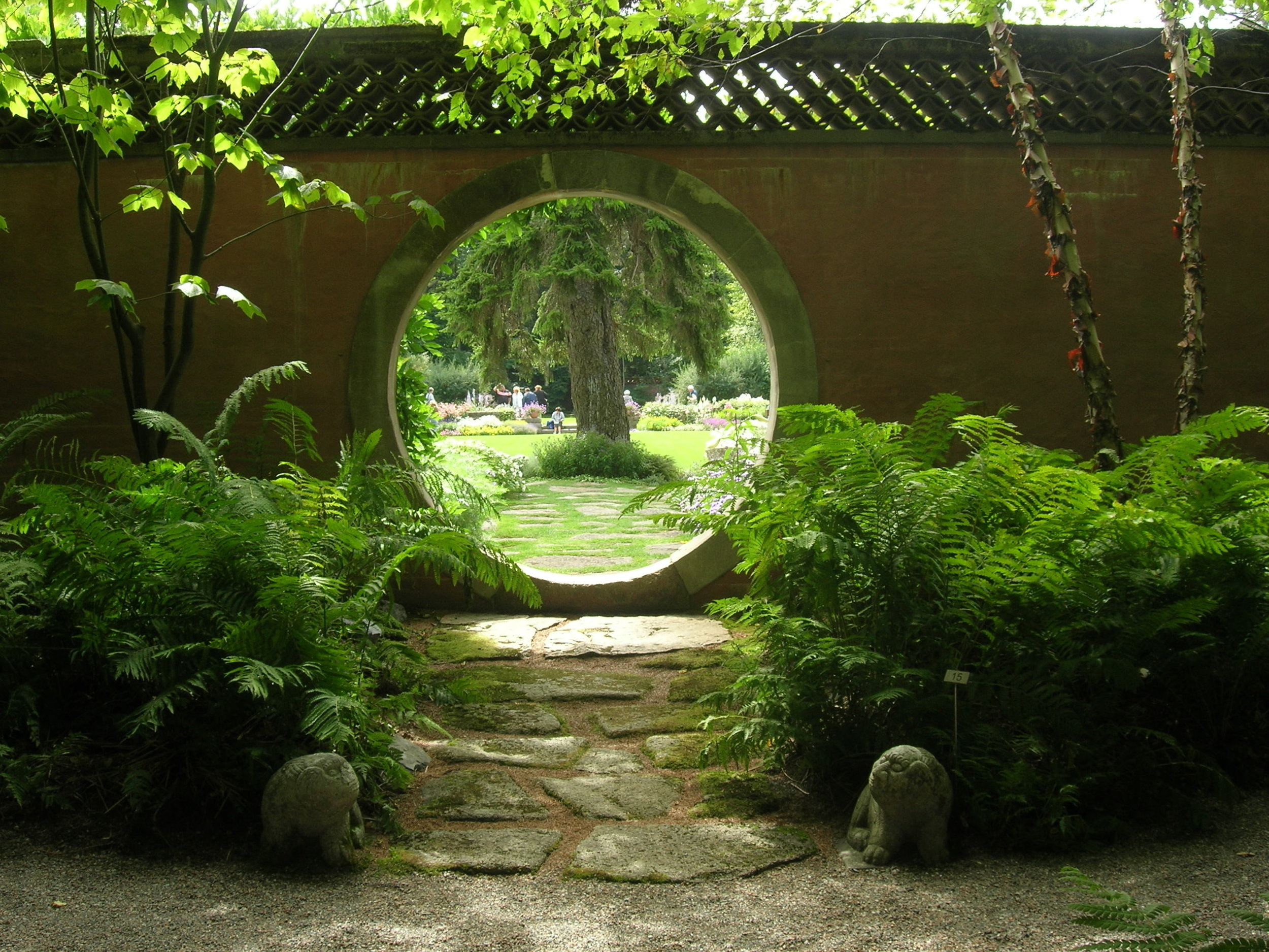 Circle gate.jpg
